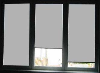 sonnenschutzrollo und folienrollo f r fenster auf ma. Black Bedroom Furniture Sets. Home Design Ideas